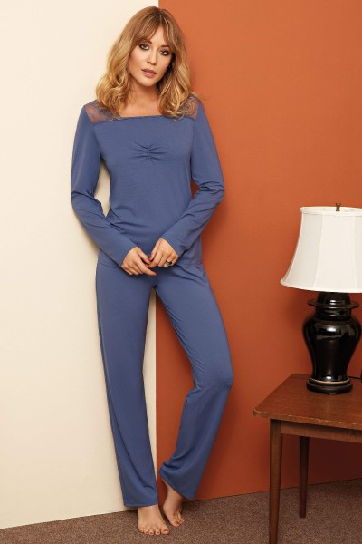 """Alison"" Long Sleeve Pyjama Set"